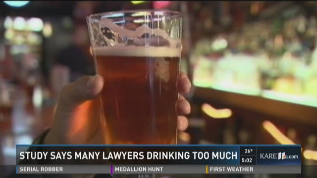 Study says many lawyers drinking too much