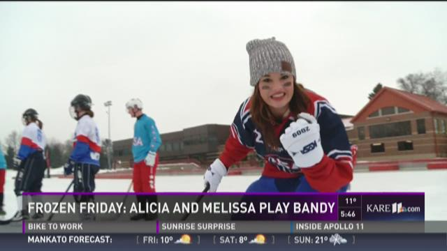 Frozen Friday: Alicia and Melissa play Bandy