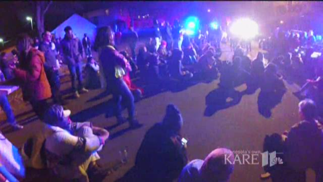 Feds release review of Mpls police response to Jamar Clark protests