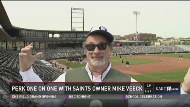 Perk interviews Mike Veeck