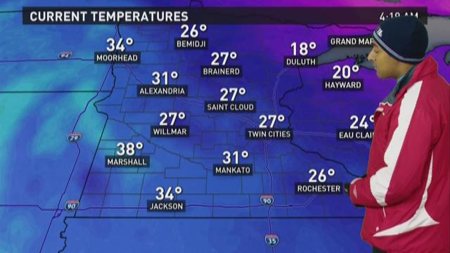 Brisk Monday ahead with snow chances on the rise tonight