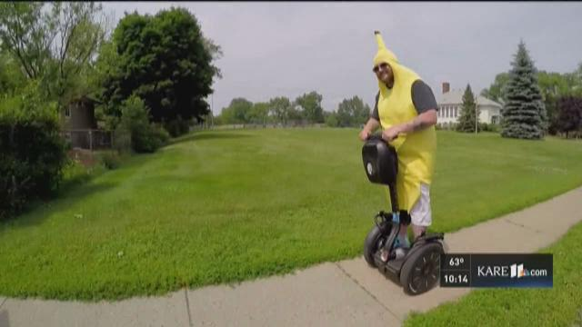 Wounded vet fights pain as 'Banana Man'