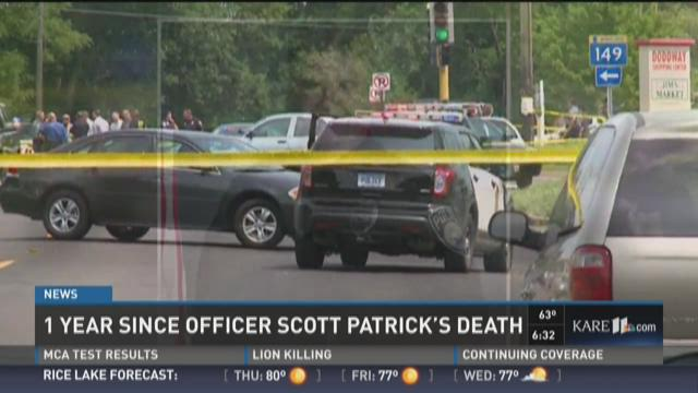 Community marks 1-year anniversary of officer's death