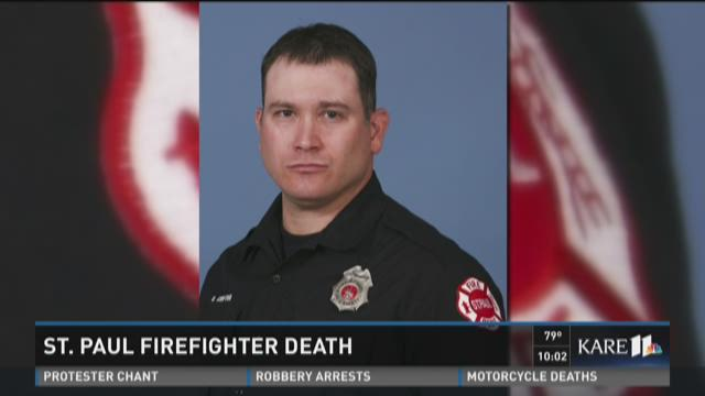 St. Paul firefighter collapses, dies at station