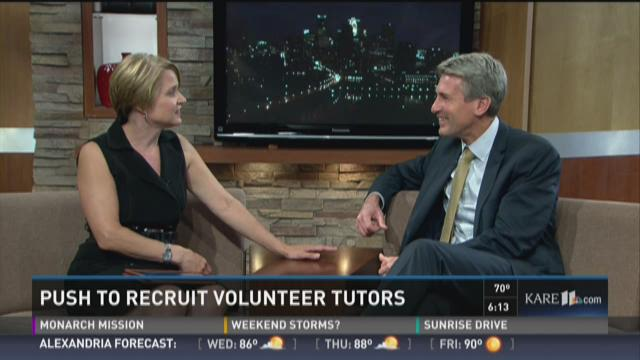Push to recruit volunteer tutors in the Twin Cities