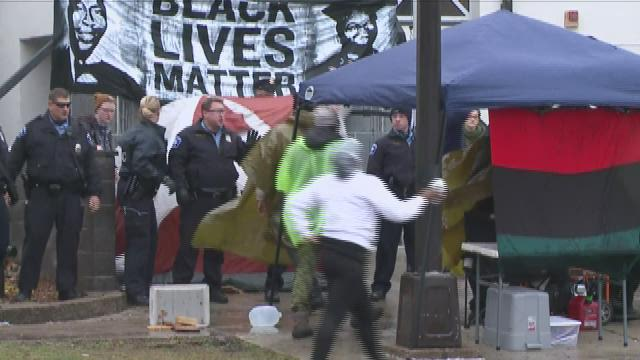 RAW VIDEO: Minneapolis Police block Fourth Precinct entrance